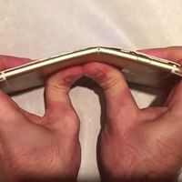 Bending iphone.jpg